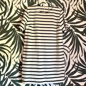 NWT Old Navy Black & White Striped Dress Large